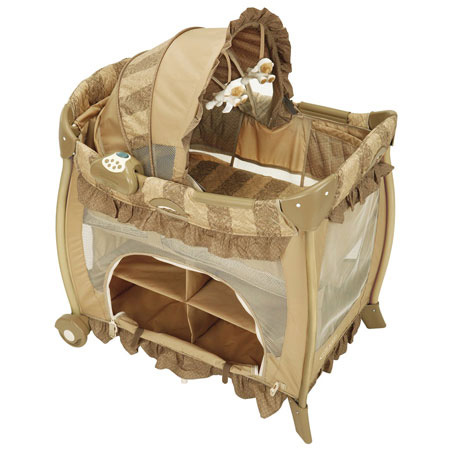 Pack And Play With Bassinet http://www.temp.paisleyart.net/usababyhouston/products/carstroll_graco_other.htm